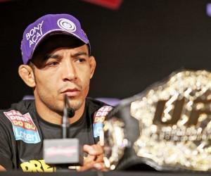 José Aldo x Frankie Edgar no UFC 156.
