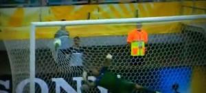 gol uruguai italia copa confederacoes 2013