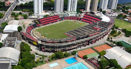Estádio Ilha do Retiro, em Recife (PE).