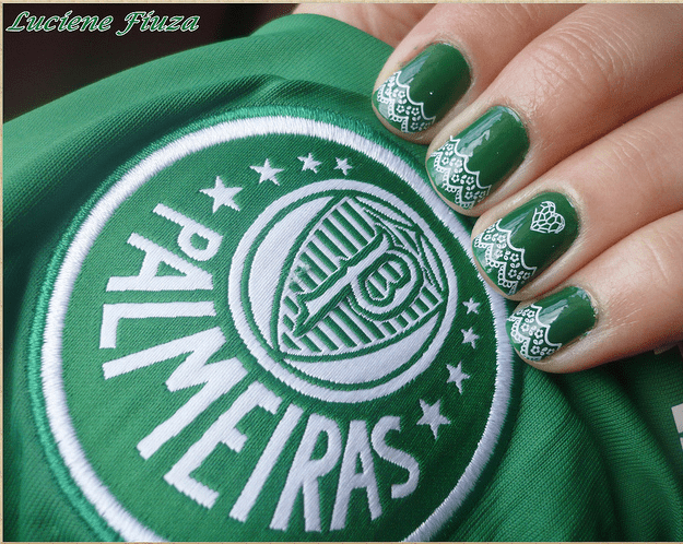Foto: unhas decoradas + escudo do Palmeiras.