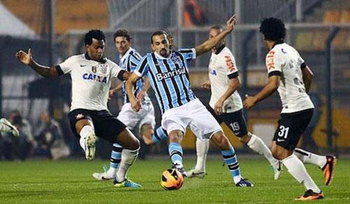 Foto: último jogo entre Corinthians e Grêmio, pelo Brasileirão.
