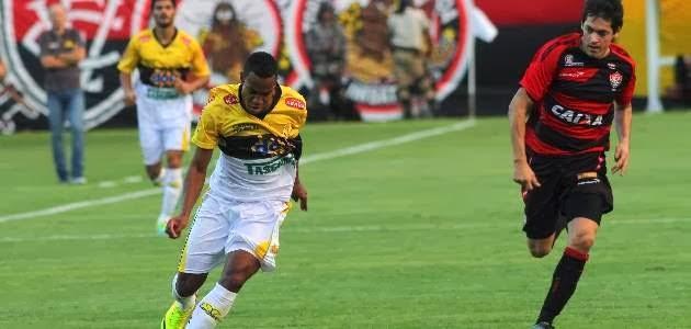 Jogo Criciúma x Vitória série A - Brasileirão 2013